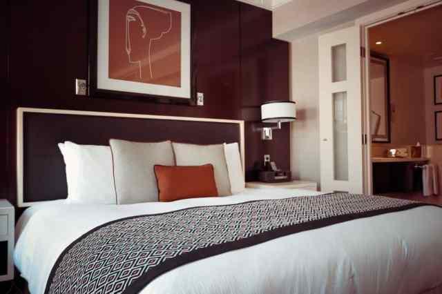スコーンと壁の光の寝室の照明のアイデア2