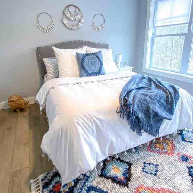 自由奔放に生きるミニマリストの寝室のアイデア