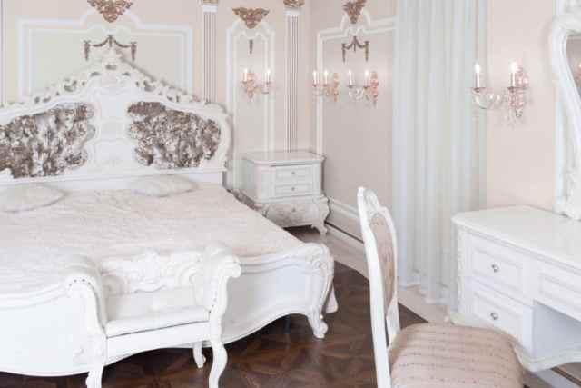 ヴィンテージのロマンチックなベッドルームのアイデア4