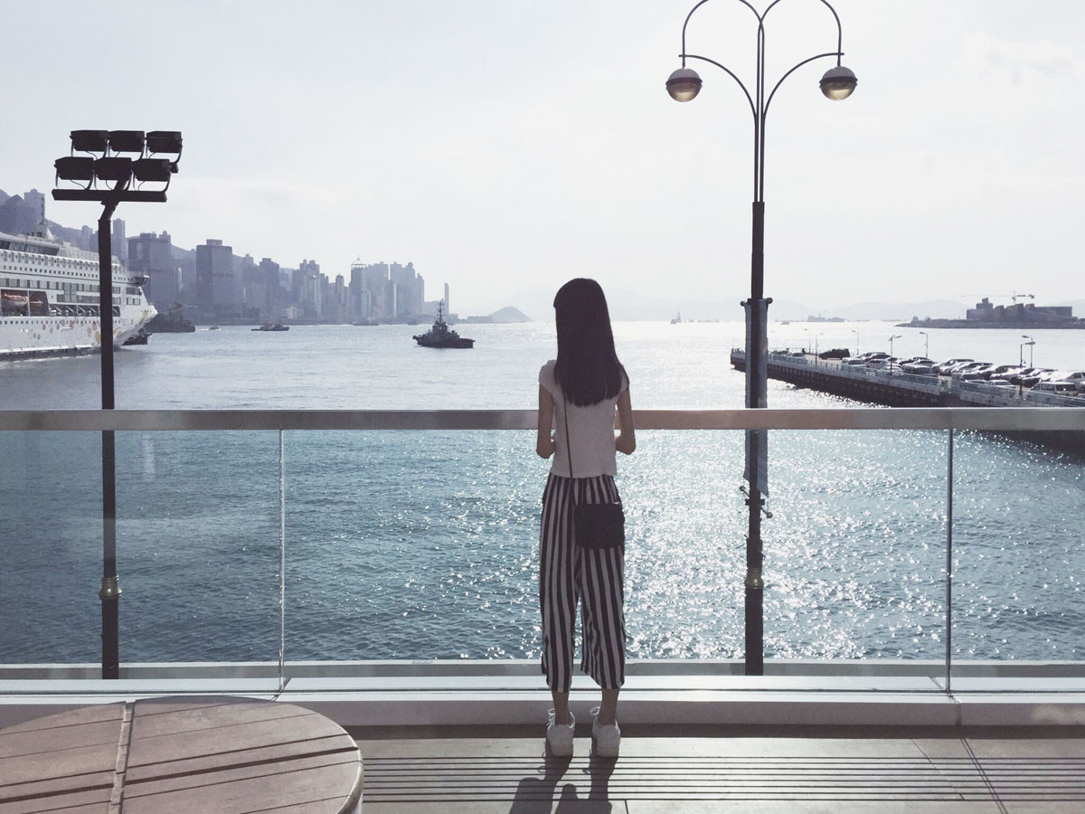 See Victoria Harbour on a budget at Harbour City