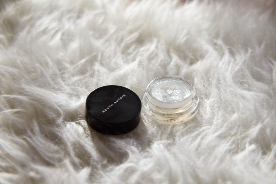 Glossy Eyeshadow | Charmed by Camille