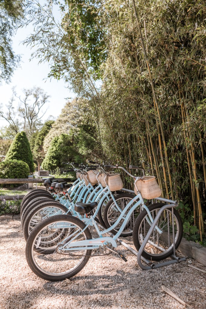 Hamptons Travel Guide | things to do in east hampton | the hamptons aesthetic | what to do in the hamptons | east hampton beaches | Charmed by Camille