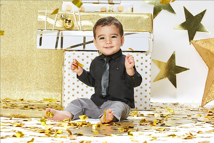 Kardashian Kids Clothes Holiday 201, Kardashian Kids Clothes Holiday 2015 Collection Launch First Look