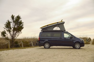 Pop-Up-Camper-From-Mercedes-Benz-Vans-CharmPosh