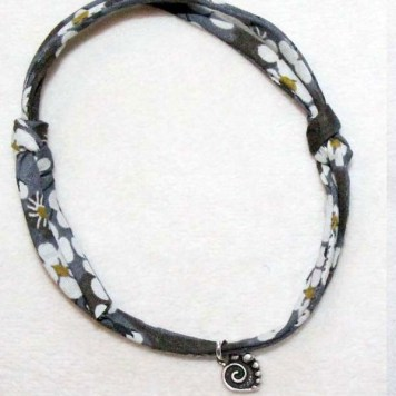DIY-bracelet-noeud-coulissant-2-Charonbellis-blog-lifestyle