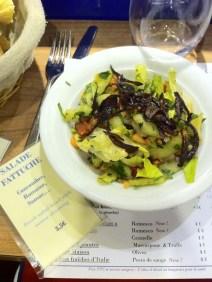 medi-terra-nea-paris-le-bar-aux-1000-tapas-mecc81diterranecc81ens-2-salade-fattuche-charonbellis-blog-mode-beautecc81-life-style