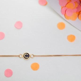 bracelet-alphabet-c-claire-naa-charonbellis-blog-mode-et-beautecc81
