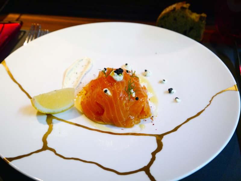 latelier-de-joecc88l-robuchon-acc80-londres-le-saumon-charonbellis-blog-mode-beautecc81-lifestyle