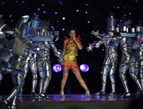 katy-perry-half-time-super-bowl-2015-1-charonbellis-blog-mode-et-beautecc81
