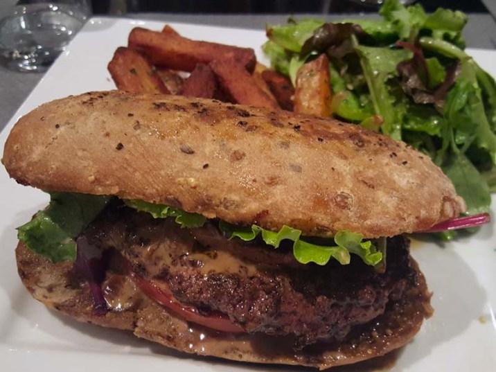 J'ai testé le Caffé Cotti ! Gers burger - Charonbelli's blog lifestyle