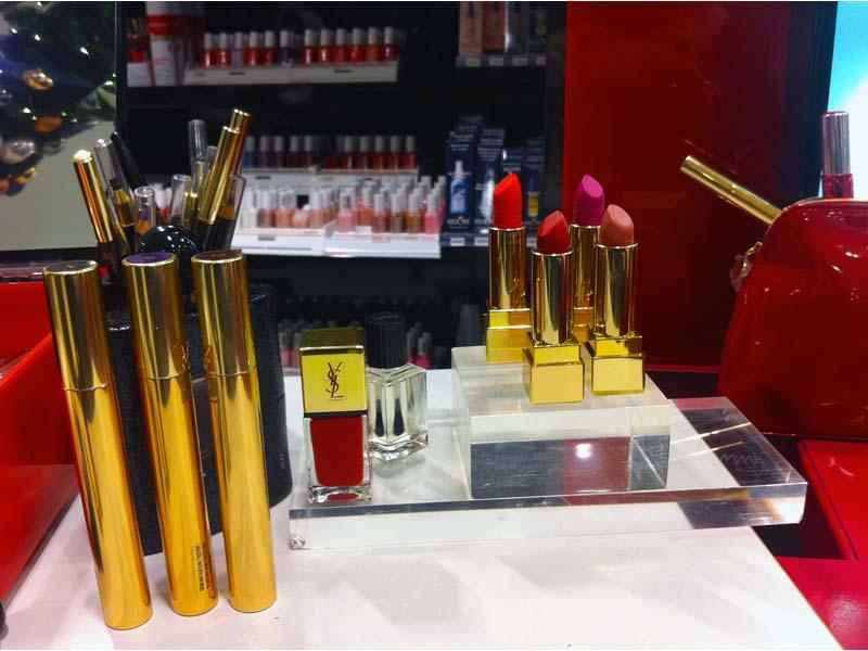 Mon dernier rendez-vous chez Yves Saint Laurent pour les Saturday night make up - Charonbelli's blog beauté