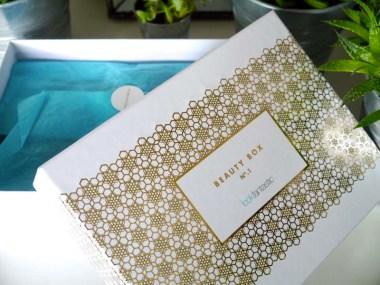 Lookfantastic-beauty-box-Octobre-Charonbellis-blog-beaute