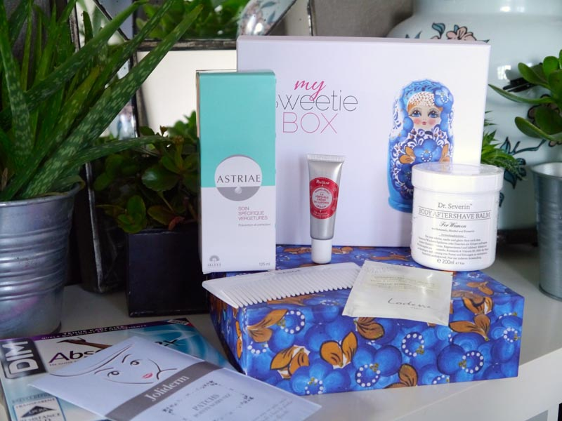 My-Sweetie-box-poupees-russes-Charonbellis-blog-beaute-1