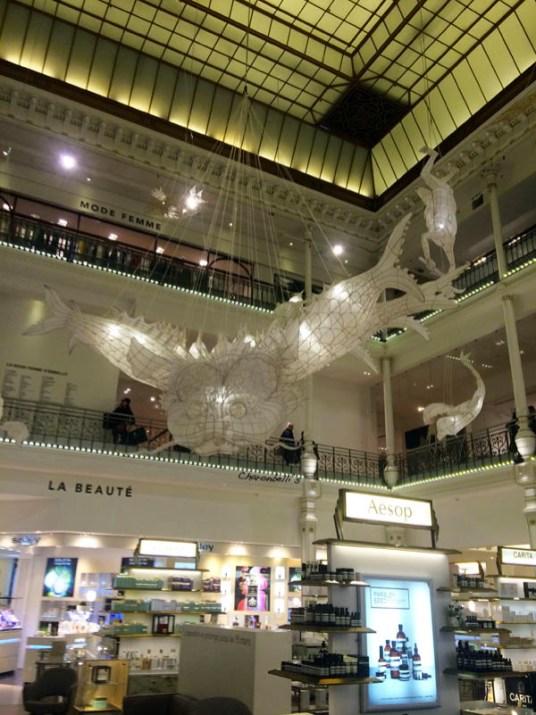 Ai-Weiwei-Le-Bon-Marche-Paris-9-Charonbellis