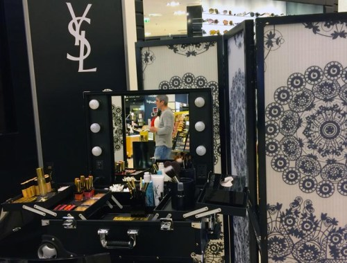 YSL-Galeries-Lafayette-Toulouse-Charonbellis