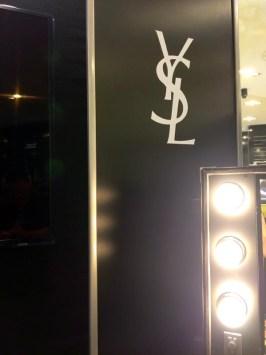 YSL-Galeries-Lafayette-Toulouse(3)-Charonbellis