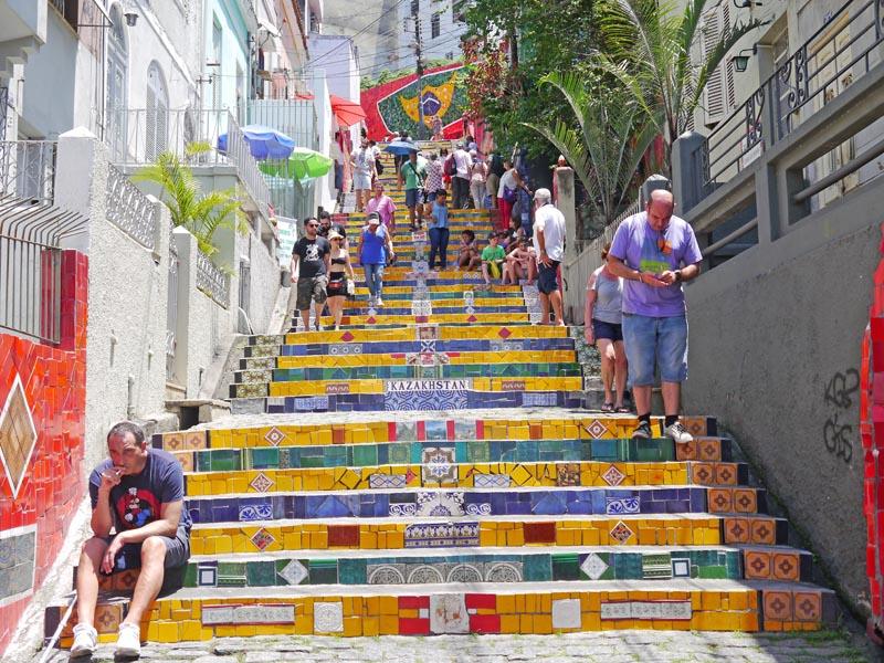 escadaria-selaron4-visiter-rio-decouverte-lapa-santa-teresa-charonbellis