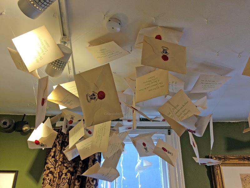 Letters(1)-Exhibition-Harry-Potter-House-of-MinaLima-London-Charonbellis