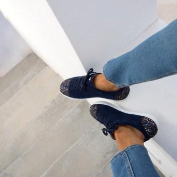 sneakers-lorageuse-bleu-marine-Bobbies-Charonbellis