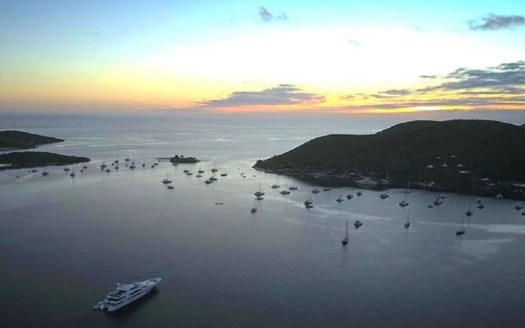 Pass to Eustatia Sound between Saba Rock & Virgin Gorda