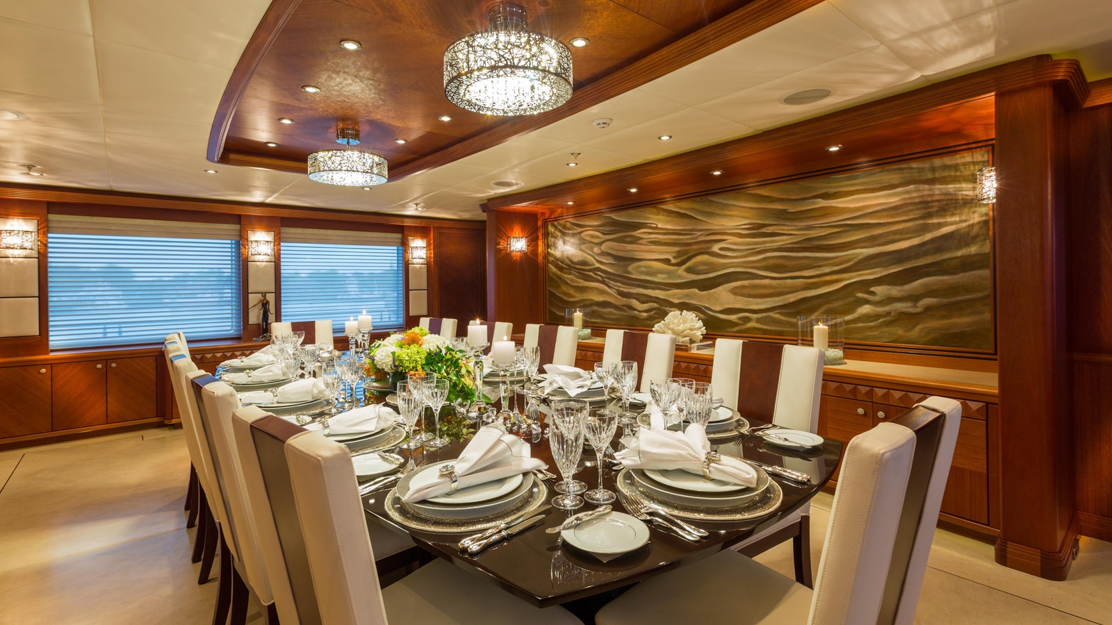 Dining Table Image Gallery – Luxury Yacht Browser