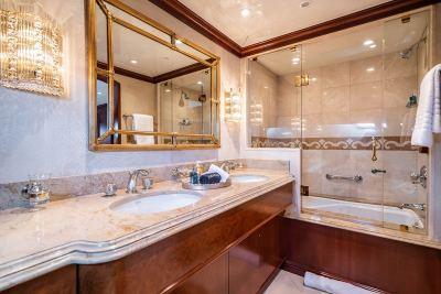 guest-bath-3-1280px-45-B
