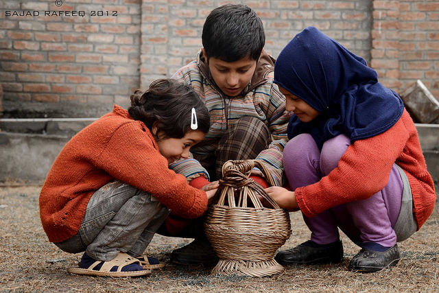 kids with kangri