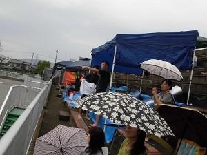 水泳大会の応援に行って来ました。 応援体制を整えた市民の皆さん/どこまでもアマチュア