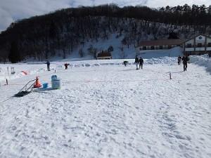 さかだに雪まつり 雪合戦の会場準備/どこまでもアマチュア
