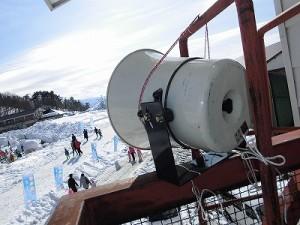 さかだに雪まつり 妻平ヒュッテ南東方面へ向けたトランペットスピーカートランペットスピーカー/どこまでもアマチュア