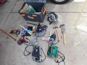 日曜大工自習教室~ズブの素人編~ 電動工具入れに収納している工具/どこまでもアマチュア