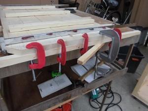 日曜大工自習教室~ズブの素人編~ 扉材料を力ずくでまっすぐにした状態/どこまでもアマチュア