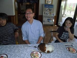 六呂師高原アルプス音楽祭2015 ランチ休憩のスタッフ3名/どこまでもアマチュア
