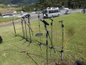 六呂師高原アルプス音楽祭2015 マイク群/どこまでもアマチュア