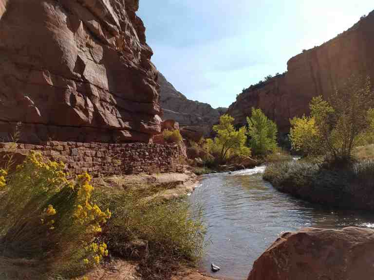 canyon-valley