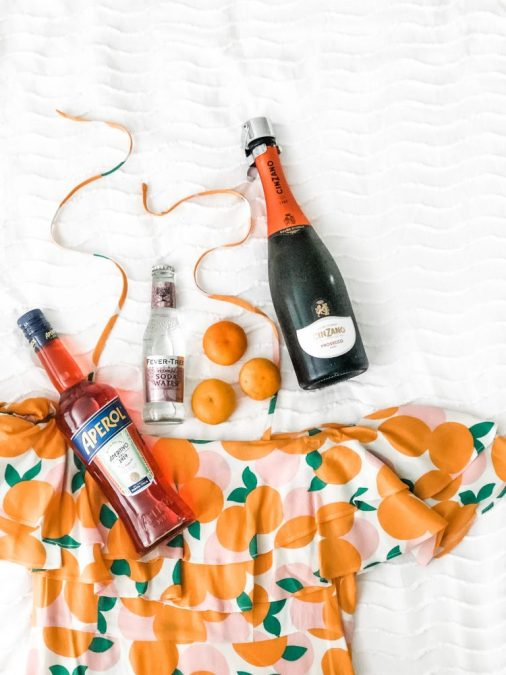 How to Throw a Orange-Theme Party