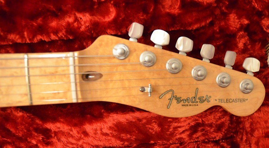 Birds-eye Maple Neck is awesome as well
