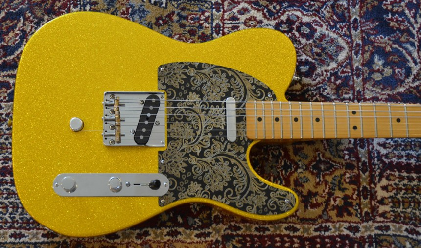 Fender Classic Player 50s Baja Telecaster FSR Limited Edition in Vegas Gold