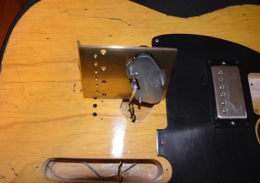 Mounting the Don Mare Keefer bridge pickup