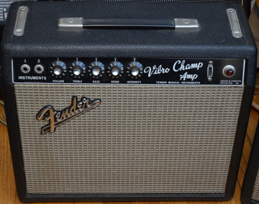 65FenderVibroChamp