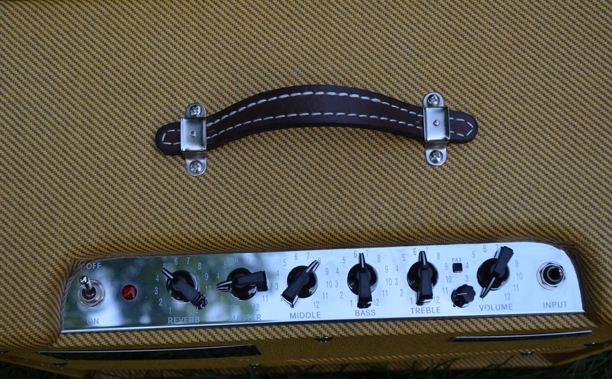 Fender Blues Jr Tweed | ChasingGuitars