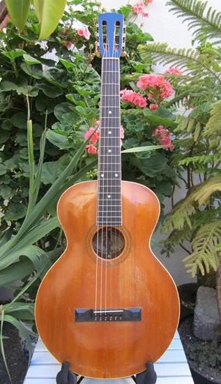 Gibson L-1 guitar