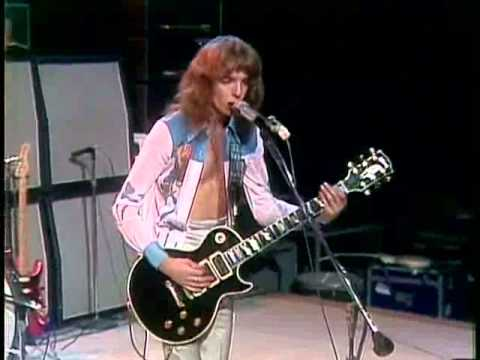 Peter Frampton playing Les Paul Custom in 1976