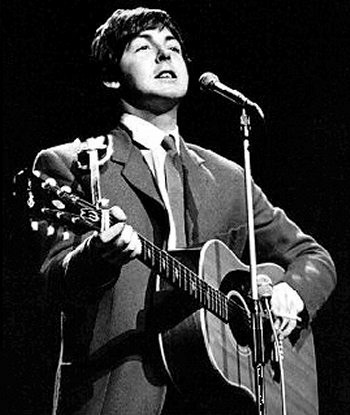 Paul McCartney with his Epiphone Texan FT-79 acoustic