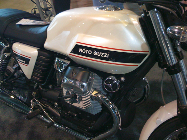 Moto Guzzi V7 Classic — Second Week and 800 Miles on the Clock