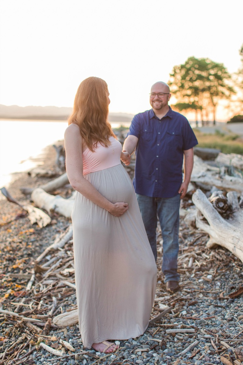 Sunset Maternity Photo Shoot