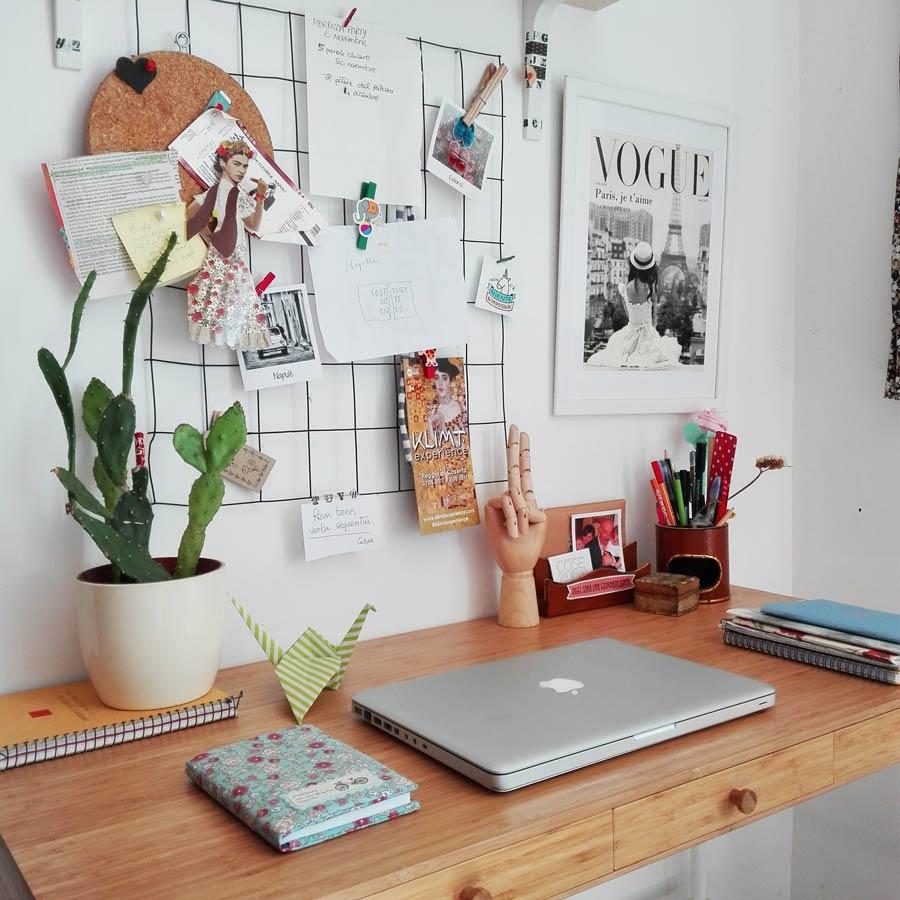 angolo scrivania decorato