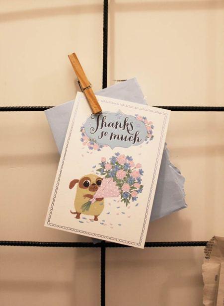 cartolina ringraziamento su rete mettalca