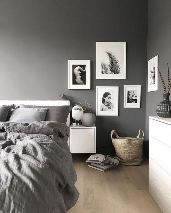 parete grigia in camera da letto