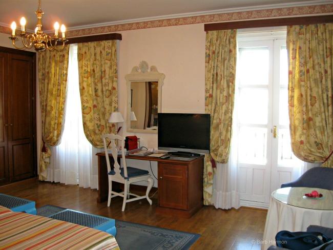 Room 407 Hotel Infanta Isabel